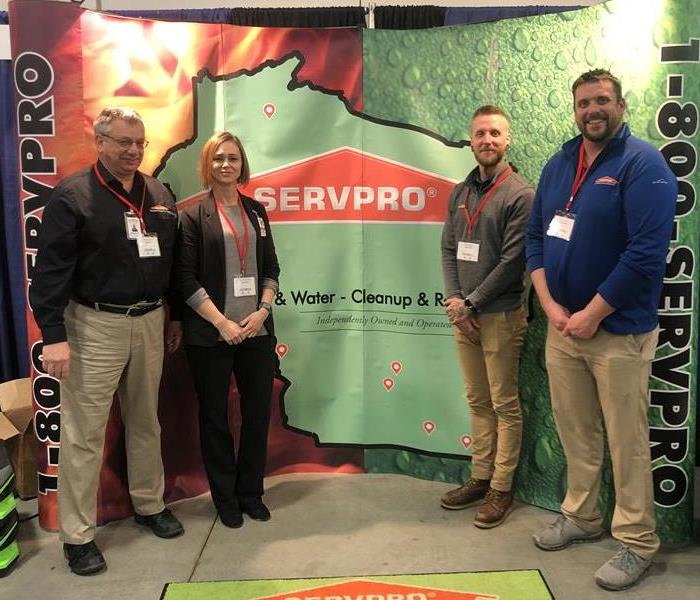 Team Members From Multiple Franchises at a recent vendor show.  Showing a unified Servpro Ideal